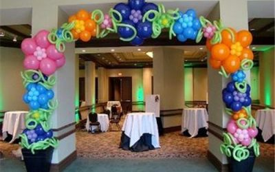 A Perfect Wedding Is Incomplete Without A Beautiful Balloon Archway